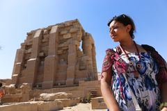 Egyptian woman at Ramesseum temple - Egypt Stock Photo