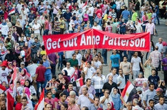 Egyptiens protestant l'appui des USA du Président Morsi Photo stock