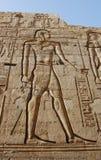 egyptier inristad bildvägg Arkivfoton