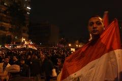 Egyptische de vlag Egyptische revolutie van Egypte van de kerelgreep Royalty-vrije Stock Afbeeldingen