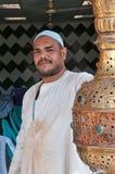 Egyptisk cafeägare royaltyfri foto