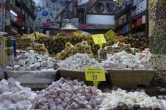 Egyptisk kryddabasar i Istanbul Turkiet Royaltyfria Bilder