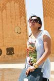 Egyptisk kvinna på symbolet av Egyptier-sovjet kamratskap royaltyfri bild