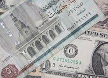 Egyptiskt pund för US dollar kontra Royaltyfri Bild