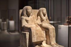 Egyptiskt skulptursammanträde Royaltyfri Bild