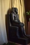 Egyptiskt skulptursammanträde Royaltyfria Bilder