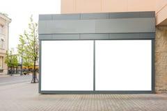 Egzamin próbny sklep up pokazuje okno w ulicie Zdjęcie Royalty Free