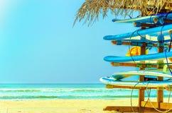 Egzot plaża z kolorowymi surfboards, Sri Lanka Obraz Stock