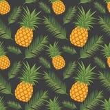 Egzotyczny graficzny ilustracyjny bezszwowy wzór z żółtymi ananasowymi owoc i zielenią opuszcza na ciemnego czerni tle royalty ilustracja