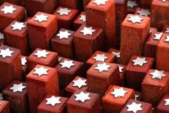 ehemaliger appel Platz 102 000 Steine gesetzt, 102 symbolisierend 000 Gefangene nie zurückgebracht Stockbild
