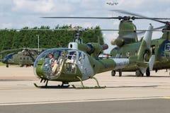 Ehemaliger königlicher Gazelle Aerospatiale SA-341C der Marineköniglichen marine HT 2 Hubschrauber G-ZZLE Lizenzfreie Stockfotos