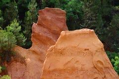 Ehemaliger ockerhaltiger Steinbruch in Roussillon, Frankreich Lizenzfreie Stockbilder