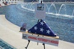 Ehren von Veteranen stockbild