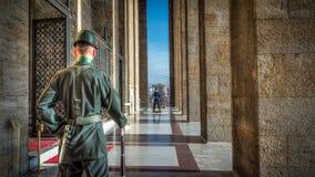 Ehrensoldaten durch Anitkabir, Ataturk-Mausoleum lizenzfreies stockbild