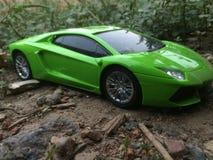 Ehrfürchtiger Lamborghini-Spielzeugauto-Kameraschuß Lizenzfreie Stockfotografie