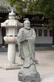 Ehrwürdige schnitzen-große Steinstatue achtzehn Lizenzfreies Stockbild
