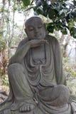 Ehrwürdige schnitzen-große Steinstatue achtzehn Stockbild
