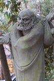 Ehrwürdige schnitzen-große Steinstatue achtzehn Stockbilder