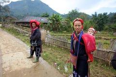 ehtnic mniejszościowi ludzie dao czerwieni Vietnam obraz royalty free