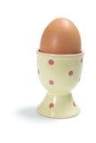 Ei auf Eierbecher Stockfoto