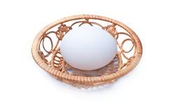 Ei auf einem Tellersegment Lizenzfreie Stockfotografie