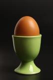 Ei in einem Stand Lizenzfreie Stockfotografie