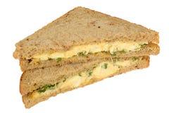 Ei en Cress Sandwich op Volkorenmeel Gesneden Brood stock foto's