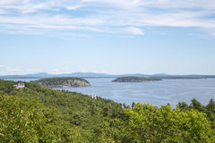 Ei-Felsen übersehen im Acadia-Nationalpark Stockbild