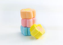 Eibischsüßigkeitssnack ist Pastellfarbe, Pastellsüßigkeit I Lizenzfreie Stockbilder