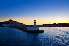 Eibissa Ibiza Stadtsonnenuntergang vom roten Leuchtturm Stockbild