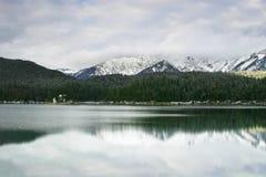 Eibsee in inverno immagine stock libera da diritti