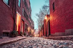 Eichel-Straße, Boston, MA an der Dämmerung stockfoto