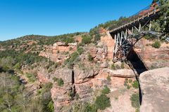 Eichen-Nebenfluss-Brücke Stockbilder