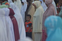 Eid AlAdha祷告在三宝垄 库存照片