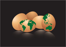 Eier mit Erdekarte Stockfotografie