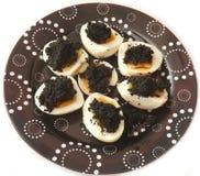 Eier mit Kaviar Stockfotografie