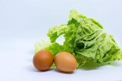 Eier und Chinakohl Lizenzfreie Stockfotos