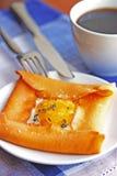 Eier und Pfannkuchen. Lizenzfreie Stockfotografie