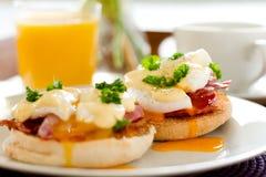 Eieren Benedict Breakfast Stock Afbeeldingen