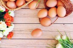 Eieren in de mand Stock Afbeelding