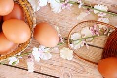 Eieren in de mand Stock Foto
