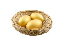 Eieren die op witte achtergrond worden geïsoleerdk royalty-vrije stock afbeeldingen