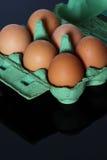 Eieren in doos Royalty-vrije Stock Fotografie