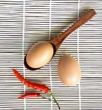 Eieren en Spaanse pepers Royalty-vrije Stock Fotografie