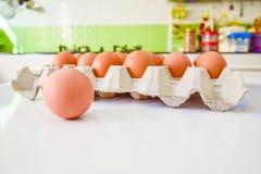 Eieren in keuken Royalty-vrije Stock Afbeeldingen
