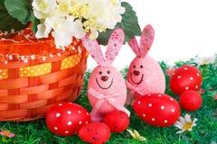 Eieren, koekoeksbloem en gestreepte doek Stock Foto