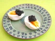 Eieren met kaviaar Royalty-vrije Stock Fotografie