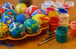 Eieren voor Pasen en borstels royalty-vrije stock foto's