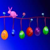 Eieren voor Pasen met een konijntje Stock Foto