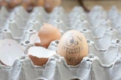 2 eierenbel die geschokt kijkt Stock Foto's